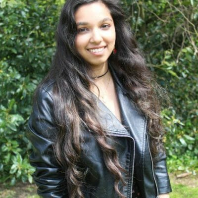 Year 13 Elaine earns offers from industry leading music college